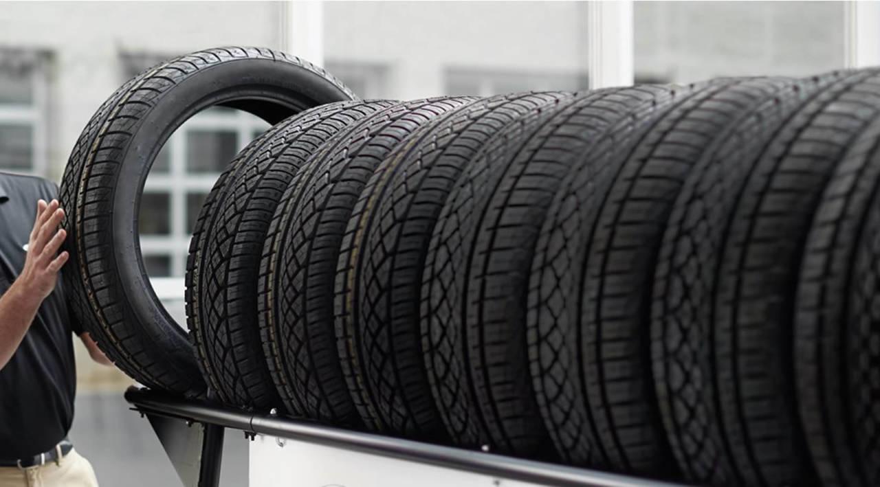 pretende trocar os pneus do seu carro pesquisamos os pre os de alguns modelos e marcas em dez. Black Bedroom Furniture Sets. Home Design Ideas