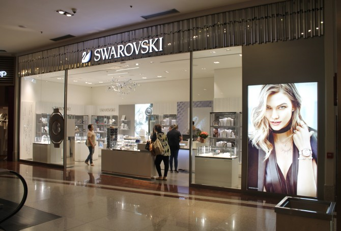 28580dddb98aa Swarovski abre as portas no Maringá Park Shopping Center. Marca austríaca  de cristais terá a terceira loja no Paraná