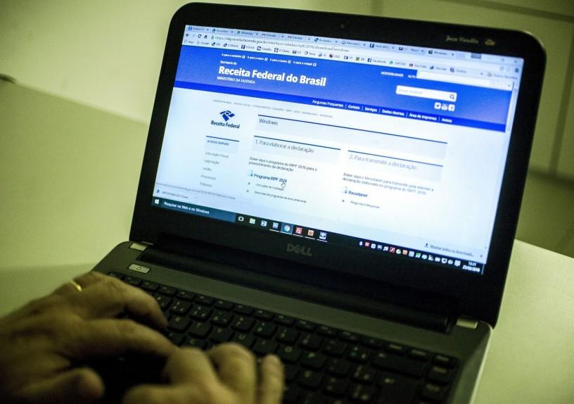 Receita recebeu quase 5 milhões de declarações do IR em três semanas