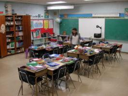 Desde que foram fechadas as escolas municipais, as creches particulares não pararam de trabalhar