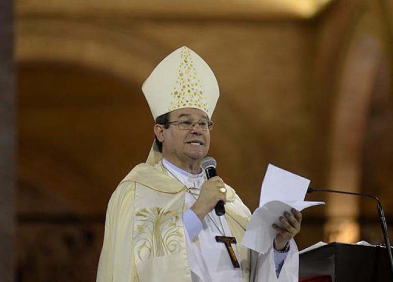 Dom Severino deve ficar na cidade para resolver questões administrativas sobre a mudança de diocese