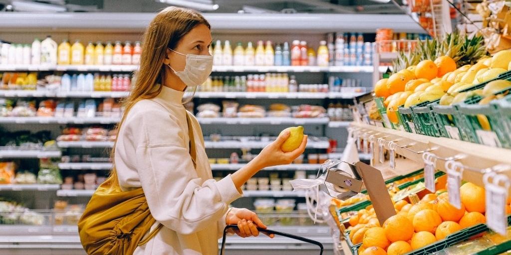 Supermercados, açougues, peixarias, quitandas, mercearias, casas de massas e similares podem voltar a funcionar durante os domingos