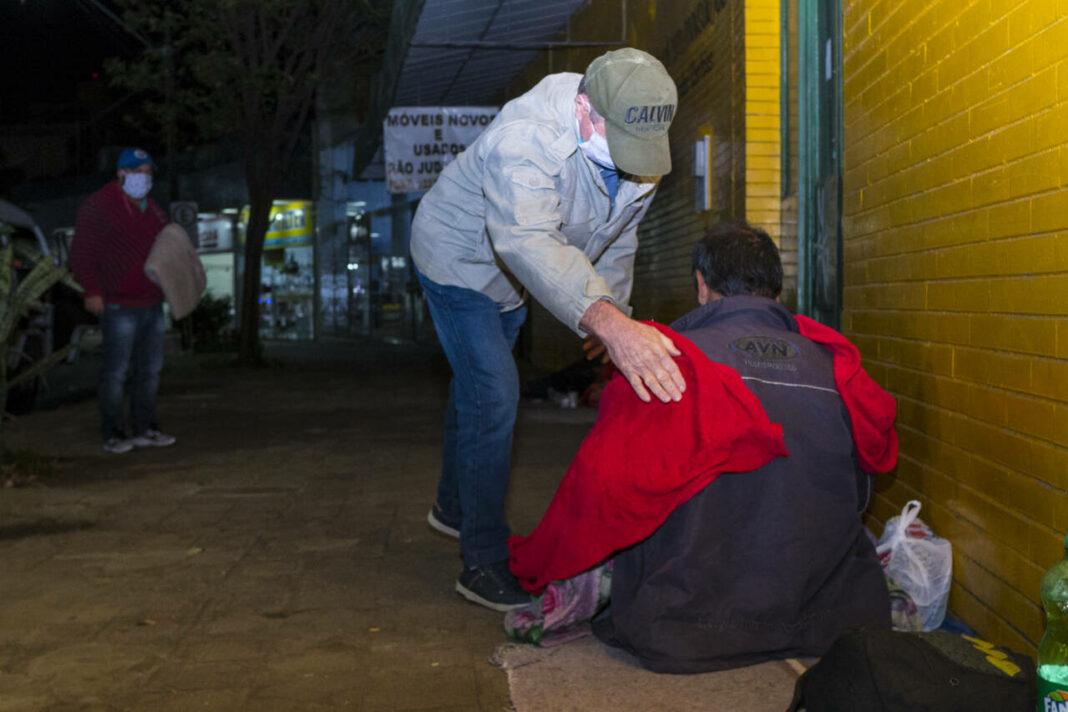 Abordagem a moradores de rua