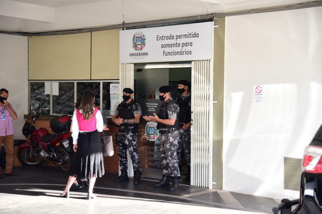 Operação na prefeitura de Umuarama