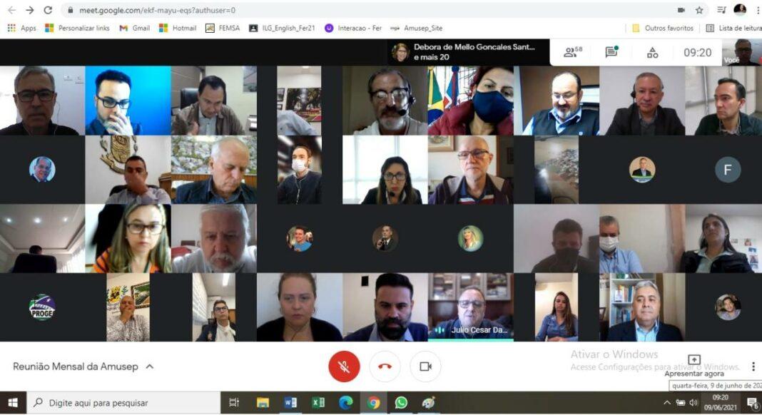 reunião de prefeitos da Amusep