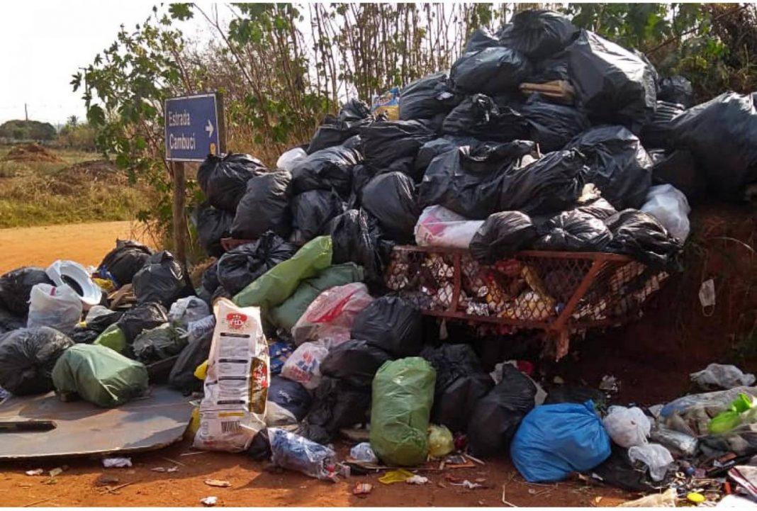 descarte irregular de resíduos